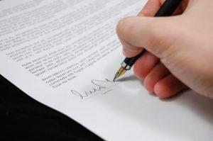 Vertrag mit Hostinganbieter für Webhosting